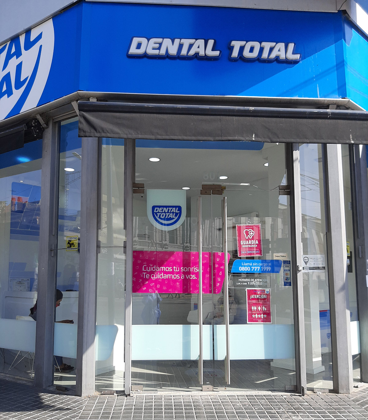 Implantes dentales enAvellaneda
