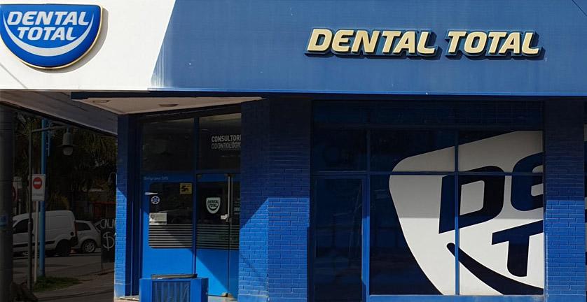 Implantes dentales enGarín